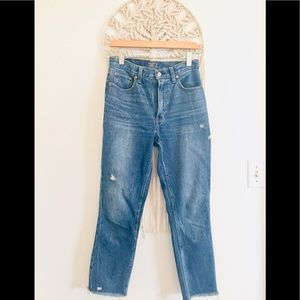 "Abercrombie & Fitch Mom Jeans 11"" high rise B9"
